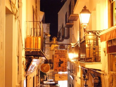 Les ruelles de Peñiscola by night