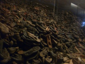 Tonnes de chaussures des déportés