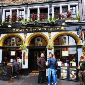 Un pub à Edimbourg